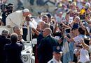 Le immagini dell'udienza generale di papa Francesco