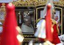 Carrozza e cerimoniale, a Londra il discorso della Regina Elisabetta apre i lavori del Parlamento