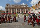 Trionfo di colori: le immagini più belle della Pasqua cristiana ed ebraica