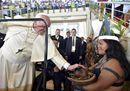 Il Papa: «Le suore pettegole sono come i terroristi che buttano le bombe»