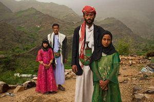 Spose bambine nello Yemen.