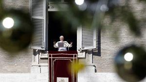 Benedetto XVI (Reuters).