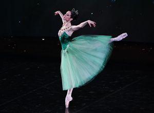 Petra Conti, ballerina del corpo di ballo del Teatro alla Scala.