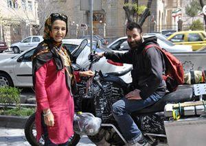 Giancarlo Cardia a Tabriz, in Iran, sulla strada verso Pechino: 19.000 tutti in motocicletta con partenza da Busto Arsizio, in provincia di Varese.