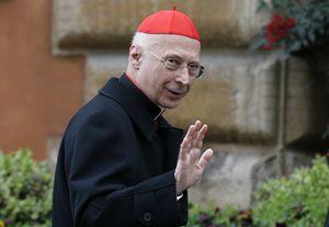 Il cardinale Angelo Bagnasco (Reuters).