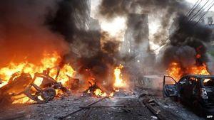 Il quartiere di Beirut dopo l'esplosione della bomba.