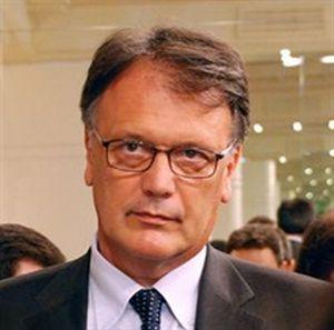 Il professor Giovanni Serpelloni.