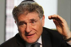 Il rabbino argentino Abraham Skorka. Foto Osservatore Romano - Ap/La Presse.