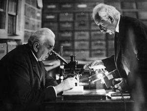 Anche Louis e Auguste Lumière hanno raccontato in un film la Passione di Cristo.