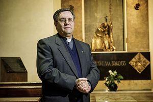 Don Antonio Lanzoni, vicepostulatore della causa di beatificazione. Foto di Fabrizio Annibali.