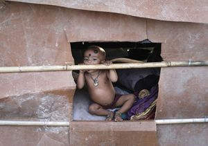 Uno scorcio di un'area povera in Myanmar, l'ex Birmania. Foto Reuters.