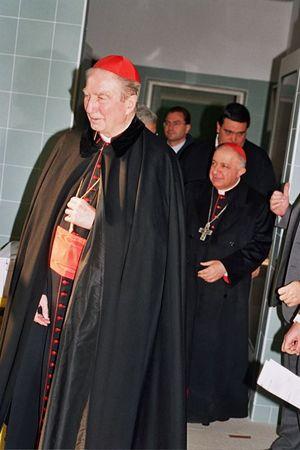 Il cardinale Martini inaugura la Casa della Carità (2004)