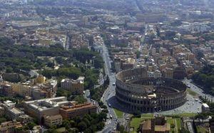 Una veduta di Roma (Reuters).