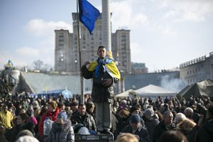 I giovani in piazza a Kiev (Reuters).