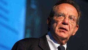 Pier Carlo Padoan, 64 anni, ministro dell'Economia (Imago Economica).