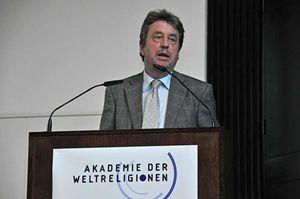 Hans Joas, fra i maggiori filosofi e sociologi a livello mondiale, insegna a Friburgo e a Chicago.