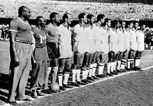 1950: Al Maracanà il Brasile batte la Jugoslavia 2-0 ed evita di uscire sorprendentemente al primo turno.