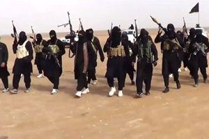 Soldati dello Stato islamico della Siria e del Levante (Isil). Foto Getty Images.