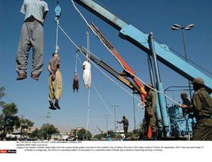 Impiccagioni in Iran.