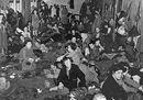 28.Sopravvissuti rom di Bergen-Belsen durante liberazione dopo 15apr45