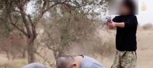 La scena dell'esecuzione nel video diffuso dall'Isis.