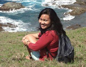 Un'immagine di Kristel, la giovane volontaria morta a Tacloban