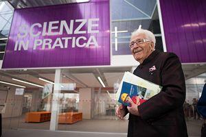 Qui e in copertina: l'imprenditore e filantropo Marino Golinelli, all'inaugurazione dell'Opificio.