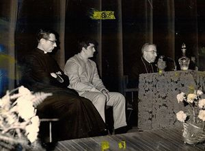 Don Luigi nel 1970, con l'allora Patriarca di Venezia Albino Luciani, che diventerà Papa Giovanni Paolo I nel 1978.
