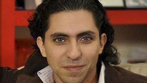 """Raif Badawi, il blogger condannato in Arabia Saudita a mille frustate per """"aver insultato i valori islamici"""". In copertina: l'ospedale di Medici senza frontiere distrutto dalle bombe saudite in Yemen il 26 ottobre scorso."""