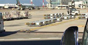 Carichi di bombe in partenza dall'Italia verso l'Arabia.