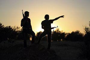 Combattenti in Siria (Reuters).