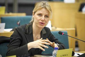 L'on. Alessia Mosca, del gruppo Socialisti e Democratici.