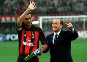 Silvio Berlusconi e Paolo maldini il 18 ottobre 2000