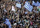 Grecia al bivio: è l'ora del referendum. Ad Atene piazze contrapposte
