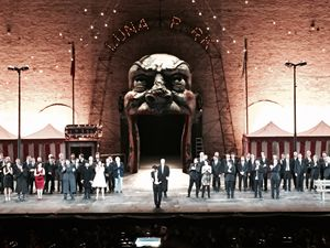 Gli artisti del Rigoletto messo in scena a Macerata ringraziano il pubblico