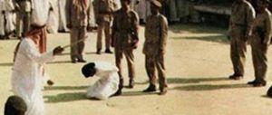 La rara immagine di un'esecuzione per decapitazione in Arabia Saudita.