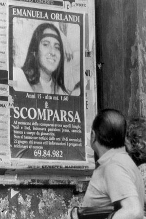 I manifesti di Emanuela diffusi qualche giorno dopo la sua scomparsa