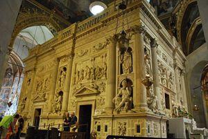 La Santa Casa all'interno della Basilica
