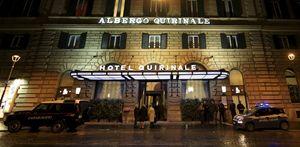 L'hotel Quirinale, a Roma, dove s'è svolta la testimonianza, in teleconferenza con l'Australia, del cardinale George Pell (in alto e in copertina). Le fotografie del servizio sono dell'agenzia Reuters.