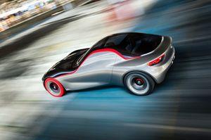 L'iperconnessa Opel GT Concept.
