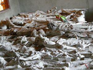 Il Memoriale di Murambi a ricordo di quanto avvenne durante il genocidio: all'interno di questa scuola tecnica furono trucidate 50 mila persone in pochi giorni. Una parte dei corpi ritrovati nelle fosse comuni è stata mummificata esattamente come fu rinvenuta.