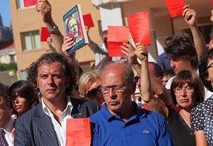 """Salvatore Borsellino durante una delle manifestazione del movimento delle """"Agende rosse""""."""