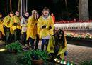 Ukrainians mark the16