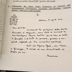 Il chirografo inviato a tutti i vescovi per accompanare l'Esortazione