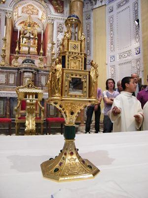 Il reliquiario della Madonna delle Lacrime