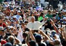 Pope Francis waves16