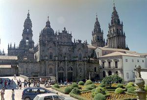La cattedrale di Santiago di Compostela in Galizia dichiarata con il Cammino omonimo patrimonio mondiale dell'Umanità Unesco nel 1985