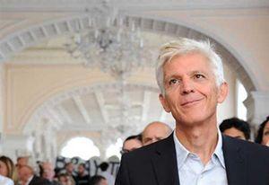 Massimo Bray. In alto: il Salone del libro a Torino.