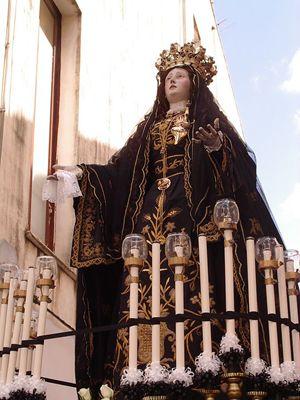 La statua dell'Addolorata della Confraternita del Carmine venerata a Gallipoli (Lecce)
