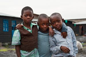 Alcuni bambini congolesi